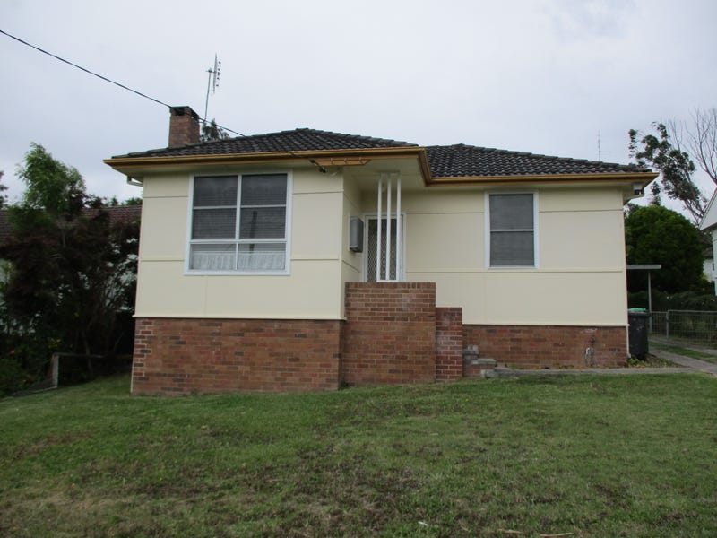 196 South Street, Windale, NSW 2306