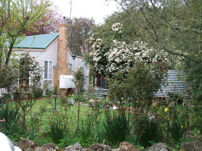 1878 Old Melbourne Road, Millbrook, Vic 3352