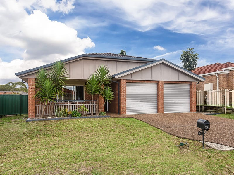 4 Timbara Crescent, Blue Haven, NSW 2262