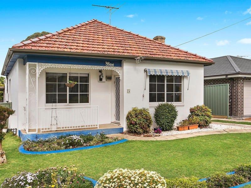 24 Chamberlain Avenue, Caringbah, NSW 2229