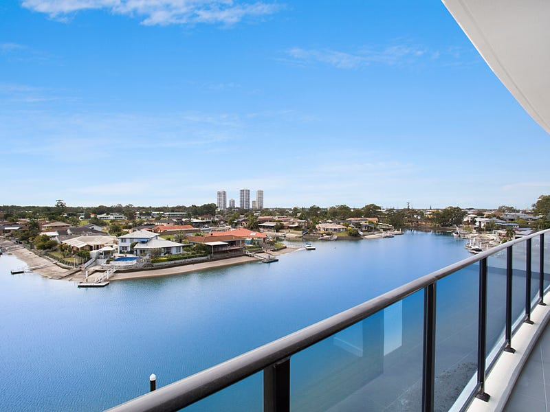 1404 5 'Waterpoint' Harbour Side Court, Biggera Waters, Qld 4216