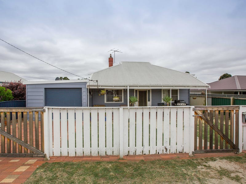 13 Moira Road, Collie