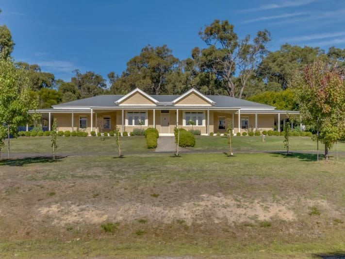 21 Cashmere Drive, Traralgon South, Vic 3844