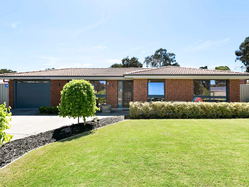 7 Powell Street, Happy Valley, SA 5159