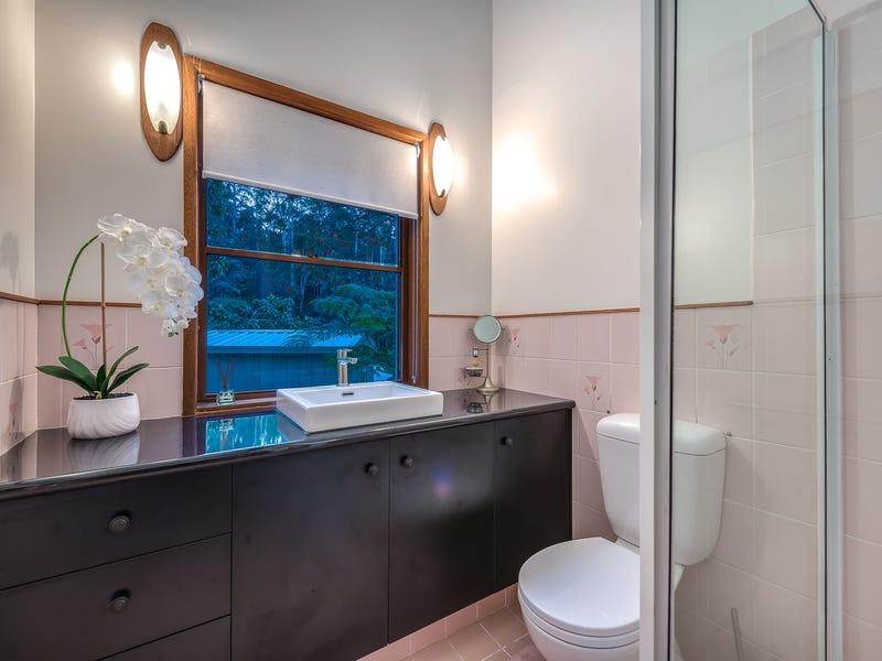 84 Kinabalu Drive, Tamborine Mountain, Qld 4272