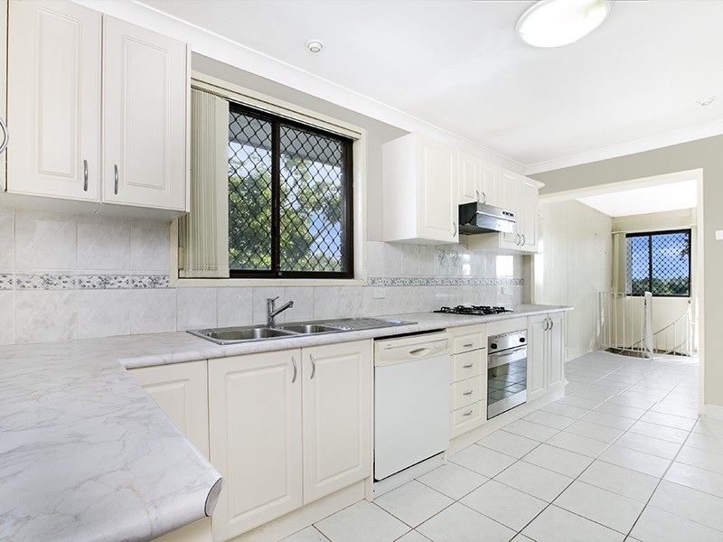 226 Eagleview Road, Minto, NSW 2566