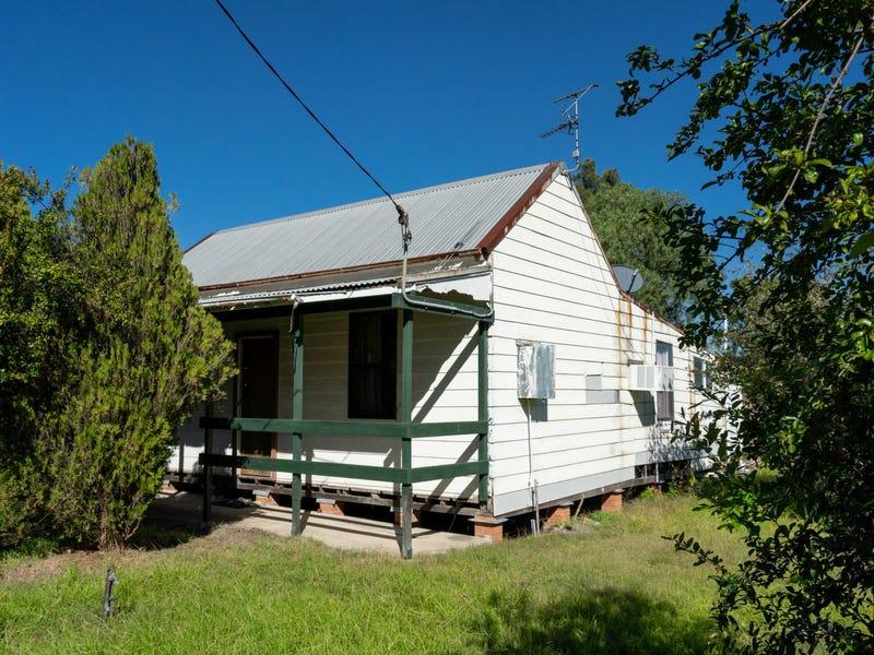 8 High Street, Greta, NSW 2334