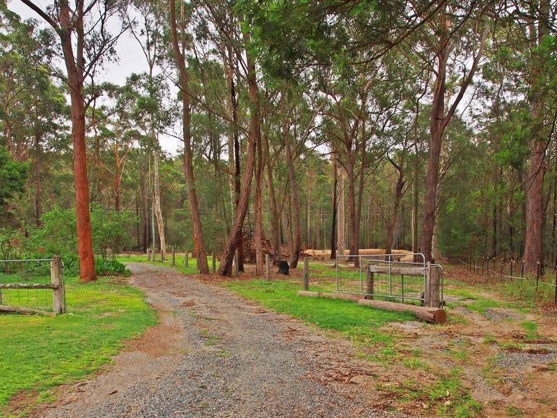 240 Percy Davis Drive, Moruya, NSW 2537