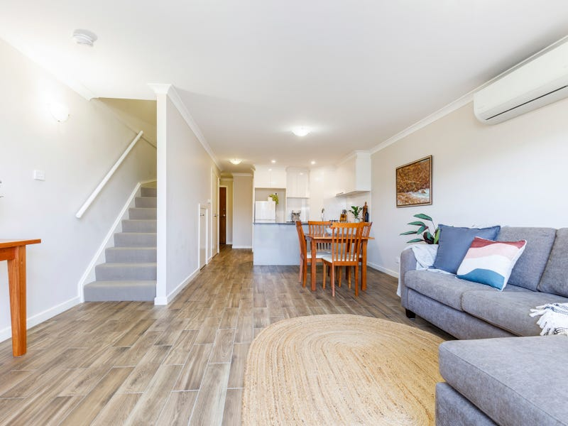 10/1 Gifford Street, Coombs, ACT 2611