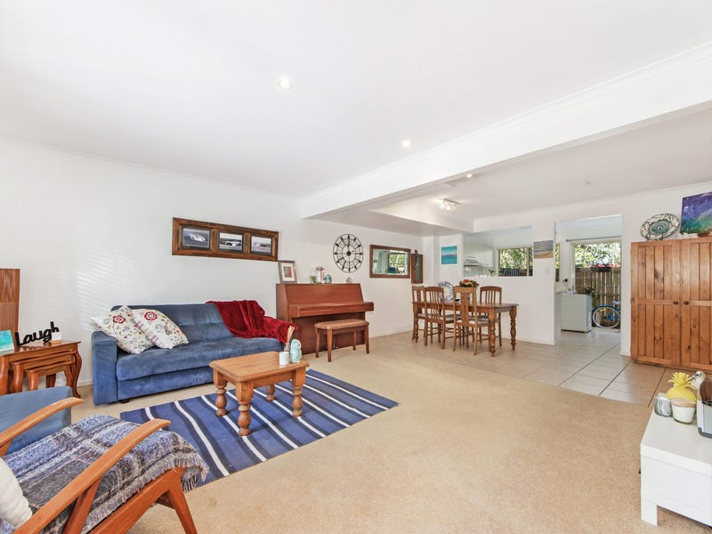 16/18 Bottlewood Court, Burleigh Waters, Qld 4220