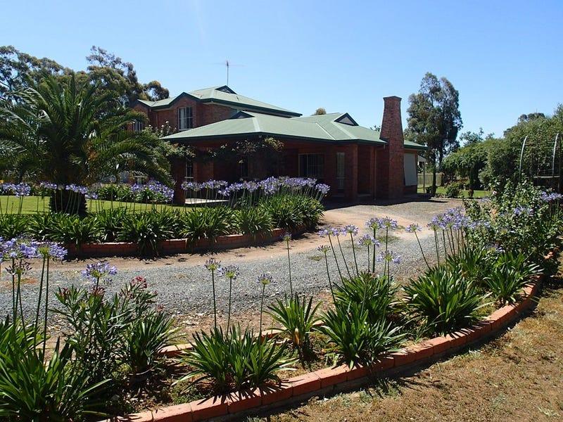 1370 Spring Drive, Corowa, NSW 2646