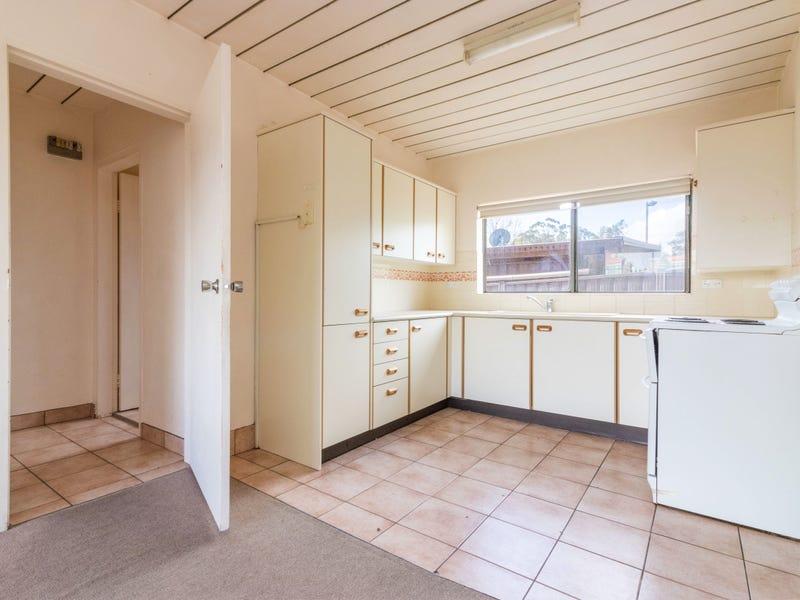 Unit 8/67 Mcquoid Street, Queanbeyan, NSW 2620