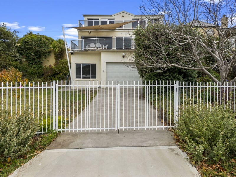 82 Cambridge Road, Bellerive, Tas 7018