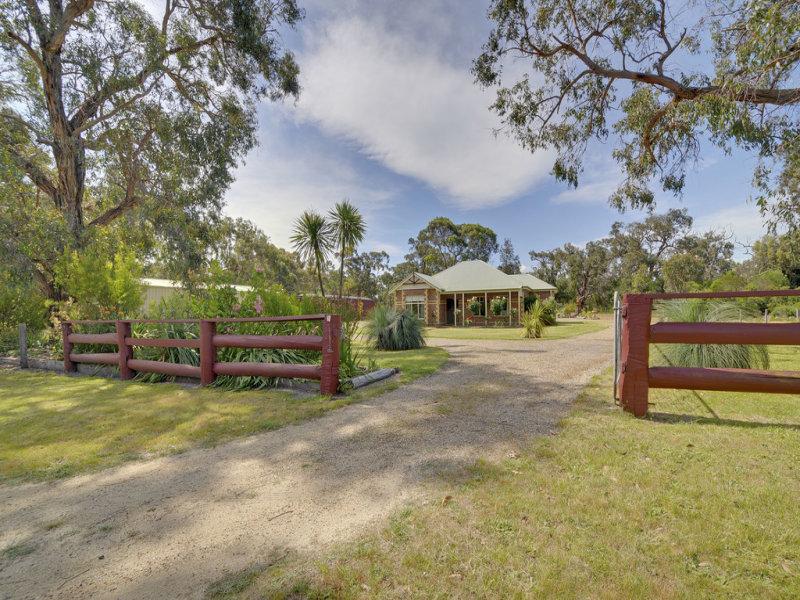 35 Kilgowes Road, Port Albert, Vic 3971