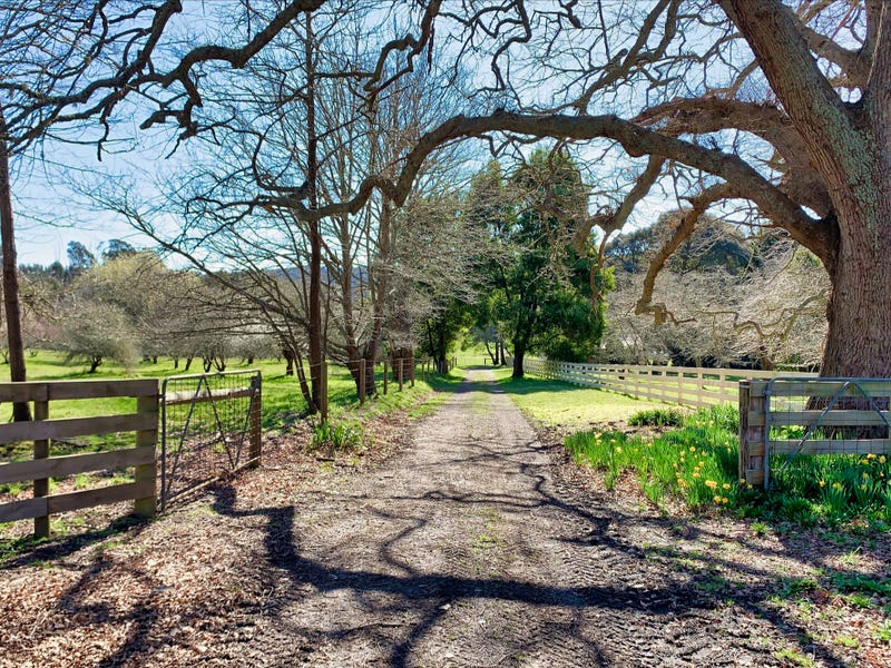 65 Pleasant Valley Road, Darlimurla, Vic 3871
