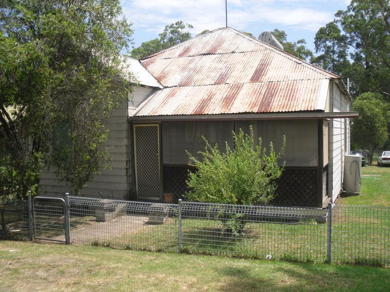 8 Ellalong Road, Pelton, NSW 2325