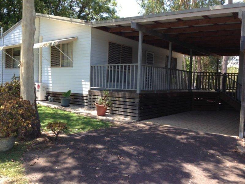 Residence 100 4 Gimberts Rd, Morisset, NSW 2264