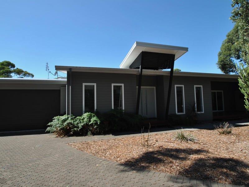 10  Oakwood Copse, Callala Beach, NSW 2540