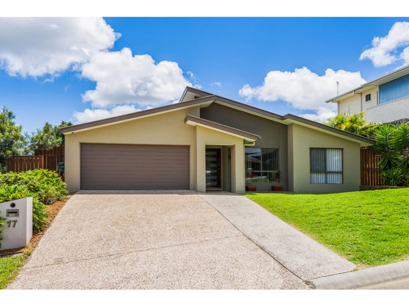 17 Chesterton Street, Pacific Pines, Qld 4211