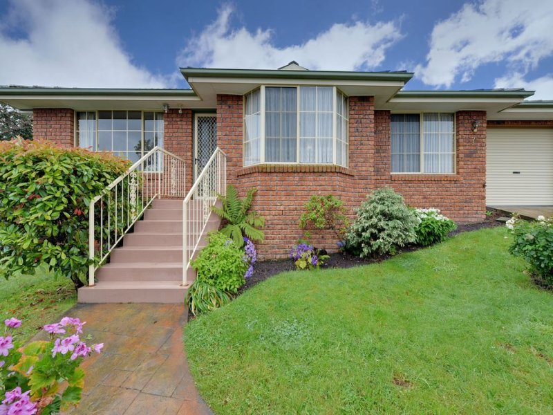 7/10 Lowelly Road, Lindisfarne, Tas 7015