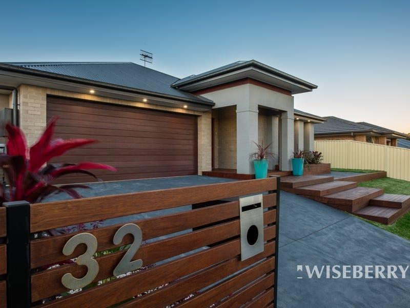 32 Menindee Avenue, Blue Haven, NSW 2262