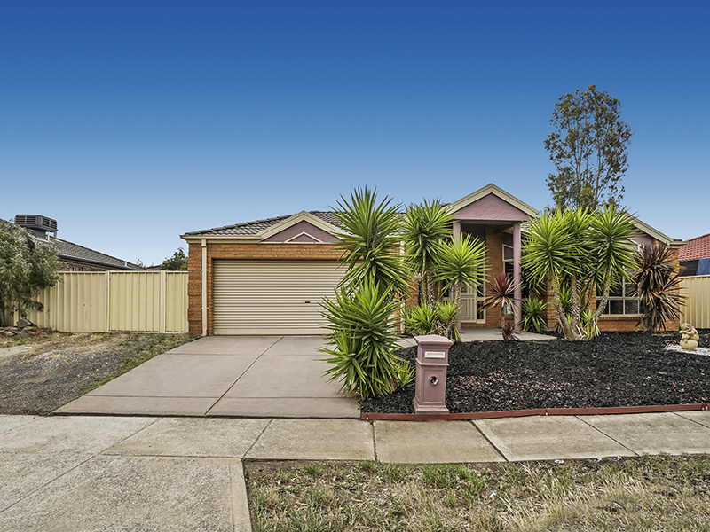 15 Fiddlewood Turn, Harkness, Vic 3337