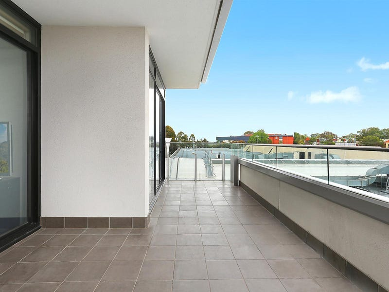 206/8 Breavington Way, Northcote
