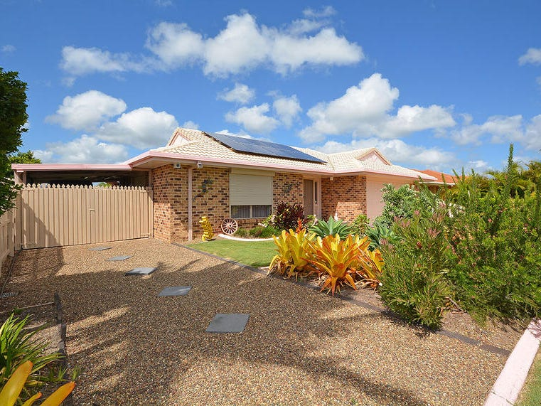 42 Royal Dr, Kawungan, Qld 4655