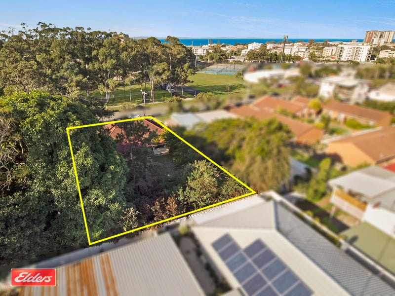 18 Portwood Street, Redcliffe