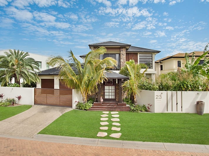 23 Royal Albert Crescent, Sovereign Islands, Qld 4216