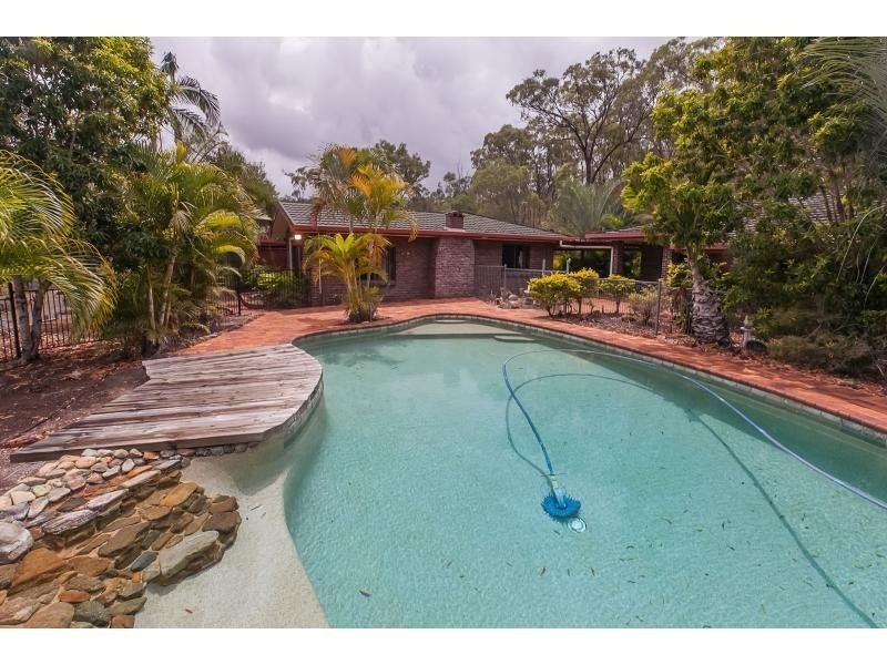 63002 Bruce Highway, Etna Creek, Qld 4702