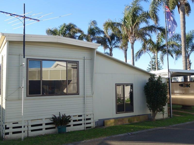 2/8th Avenue 120 Osborne Parade, Warilla, NSW 2528