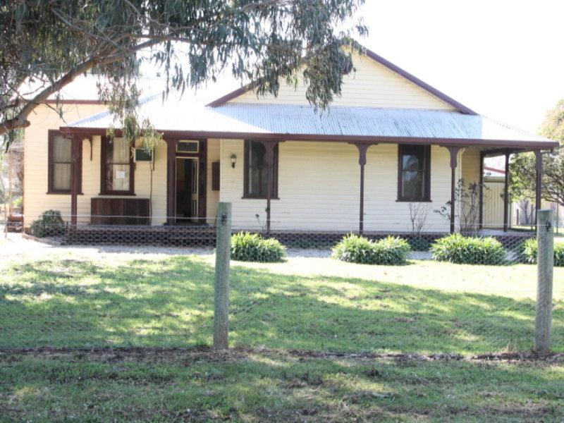 33 Campbells Bend, Murchison, Vic 3610