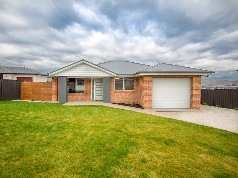4 Loch Way, Oakdowns, Tas 7019