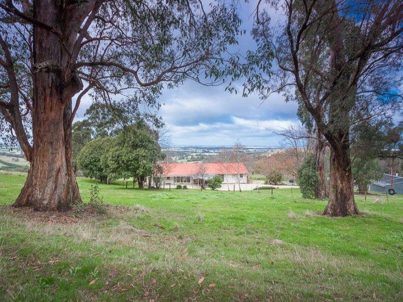 269 Mount Charlie Road, Riddells Creek, Vic 3431