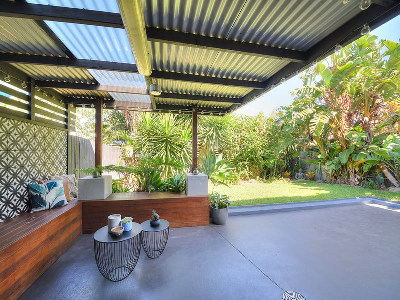2/20 Margaret Street, Southport, Qld 4215