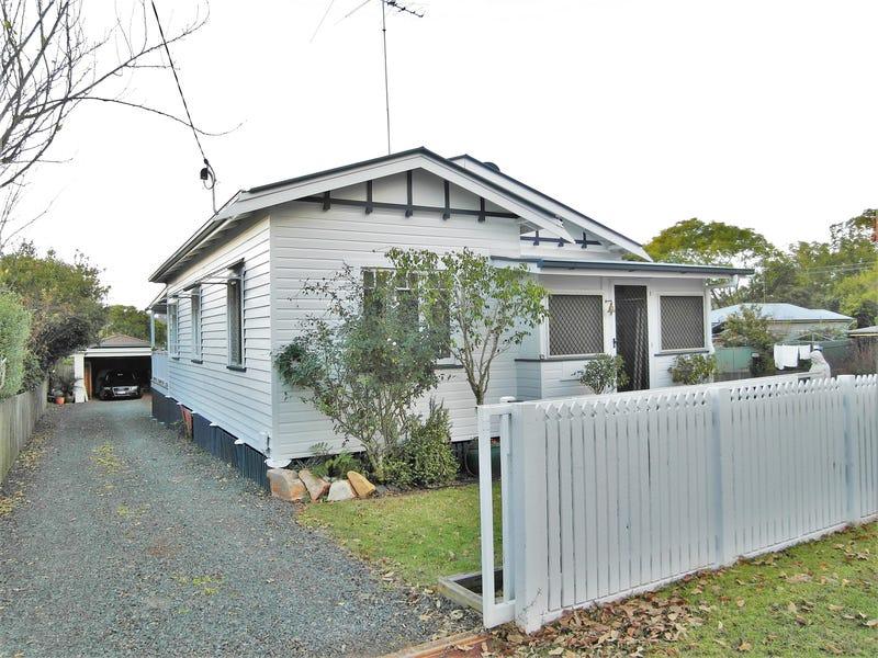 1 Leonard Street, East Toowoomba