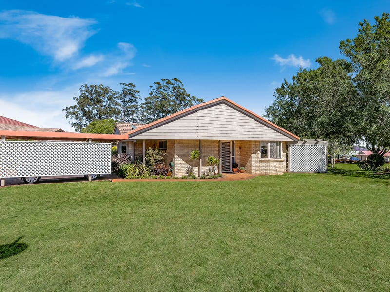 Villa 18 Glenfield Court, Middle Ridge, Qld 4350