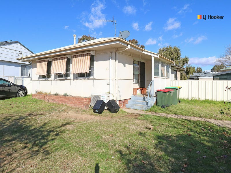 42 Mckell Avenue, Mount Austin, NSW 2650