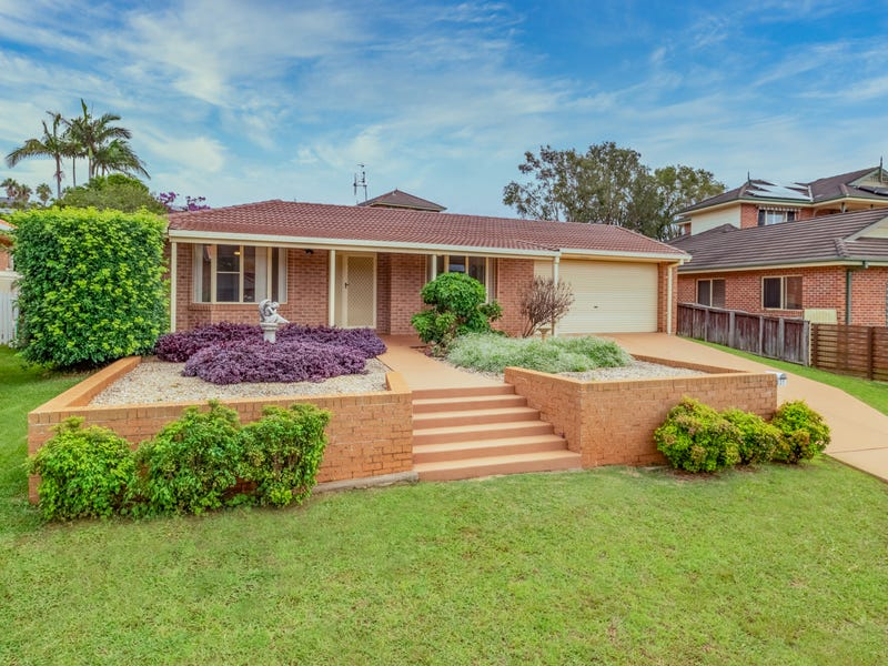 27 Sapphire Drive, Port Macquarie, NSW 2444