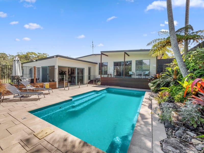 8 Arrawarra Road, Arrawarra Headland, NSW 2456