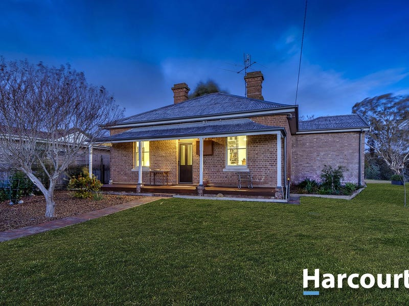 12 Wellington Street, Binalong, NSW 2584