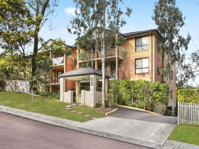 34/19-21 Central Coast Highway, Gosford, NSW 2250