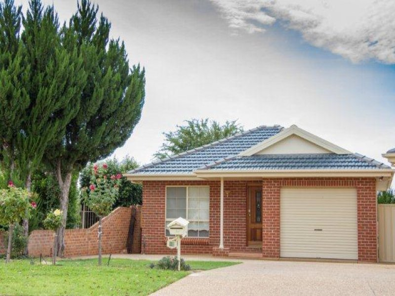 5A Powys Place, Griffith, NSW 2680