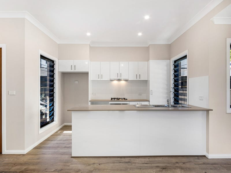 2/48 Webb Street, East Gosford, NSW 2250