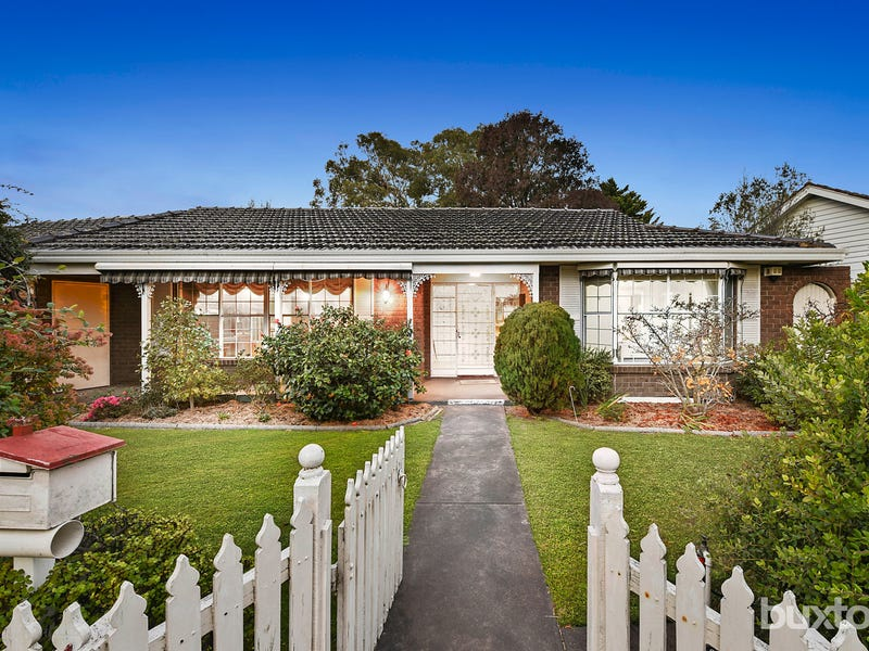 1 Chadree Court, Dingley Village, Vic 3172