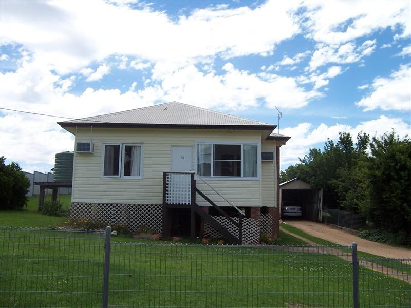 12 Apsley Cresent, Mumbil, NSW 2820