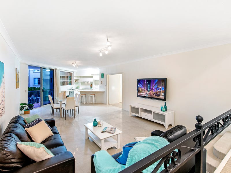 Unit 19 'Sainte Maxime' 25 Cronin Avenue, Main Beach, Qld 4217