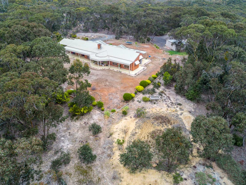 56 Canopus Circuit, Long Forest, Vic 3340