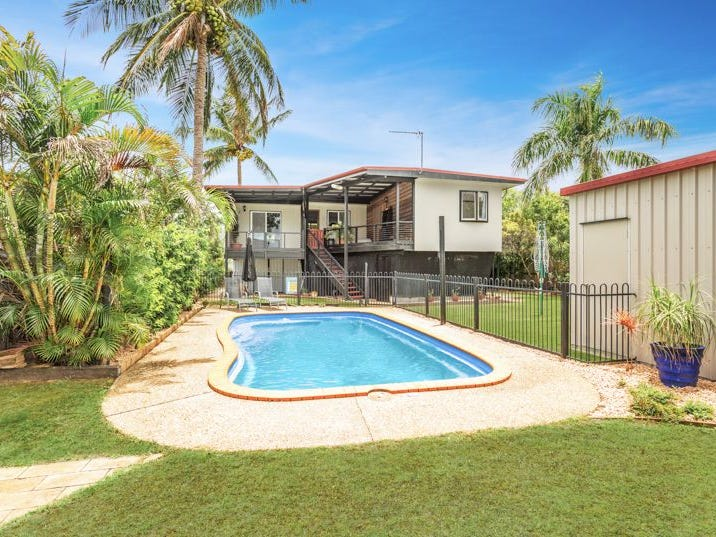 25 St Bees Avenue, Bucasia, Qld 4750